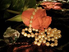 Rose et perles