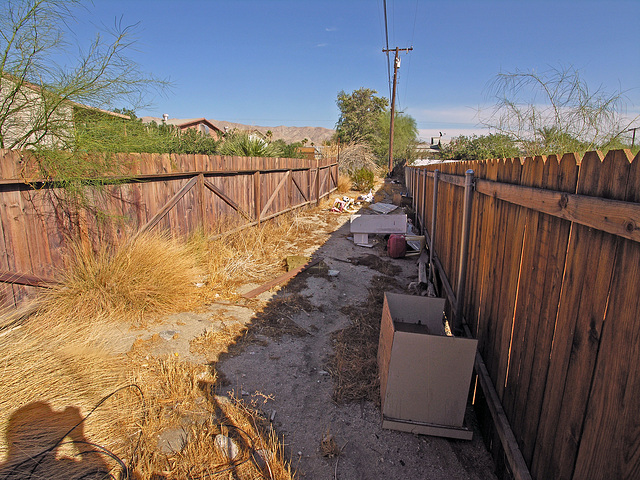 66200 4th Street - Utility easement going east (8738)