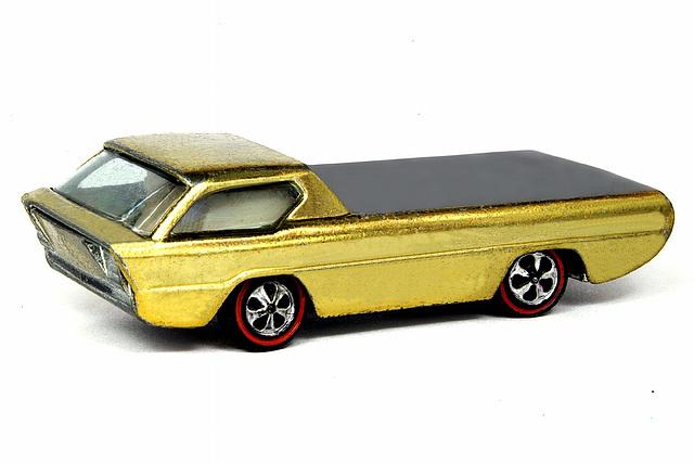 Hot Wheels Gold Deora