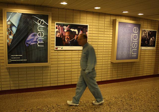 41.FotoWeek.FotoWalk.CrystalCity.VA.10November2009