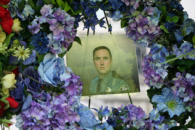16.PoliceUnityTour.WestPath.NLEOM.WDC.12May2009