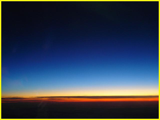 Sky colours / Couleurs aériennes - Au départ / Takeoff
