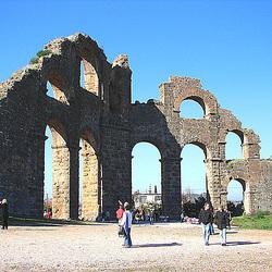 20060129 002DSCw [TR] Aquädukt, Aspendos