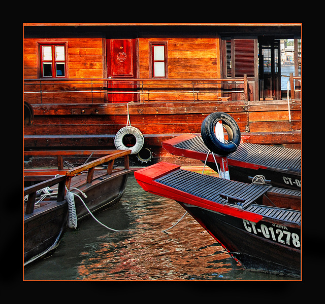 between boats