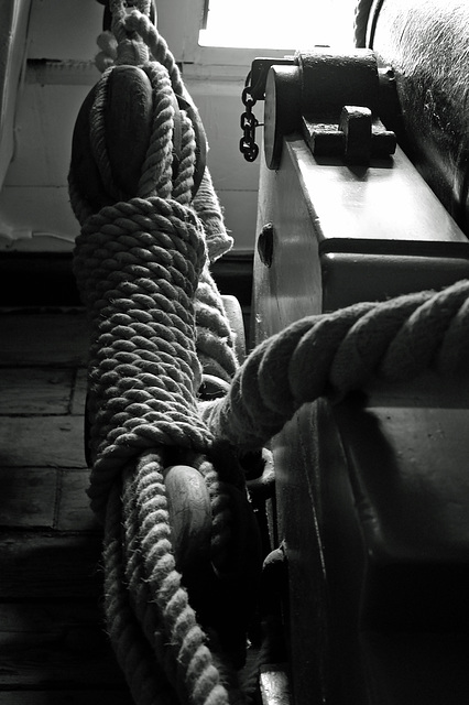 HMS Victory August 2014 GR 6