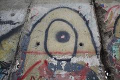 25.BerlinWallGallery.Newseum.WDC.8November2009