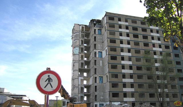 2007-04 1 Halle-Saale, Abriss Silberhöhe