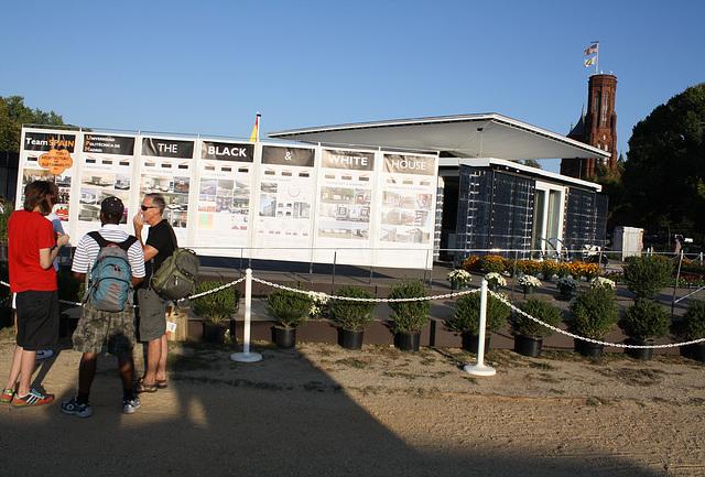 121.SolarDecathlon.NationalMall.WDC.9October2009