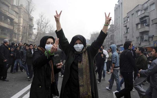 itan riots mort au nouveau hitler!1