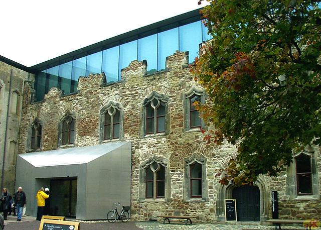 2009-10-24 2 Halle, kastelo Moritzburg