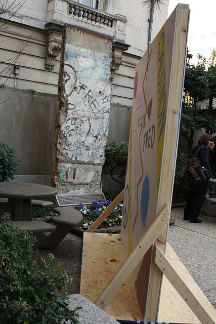 21.BerlinWallProject.JHU.SAIS.WDC.9November2009