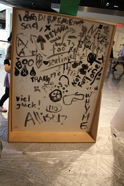 17.Graffiti.BerlinWall.Newseum.WDC.8November2009