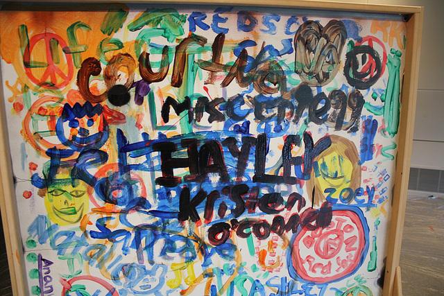 26.Graffiti.BerlinWall.Newseum.WDC.8November2009