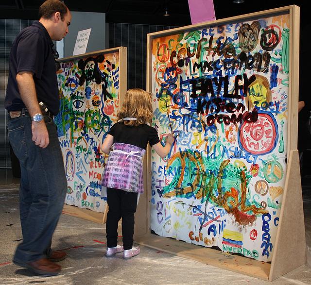 35.Graffiti.BerlinWall.Newseum.WDC.8November2009