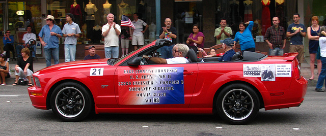 Palm Springs Veterans Parade - 93 year old survivor of Normandy (1779)