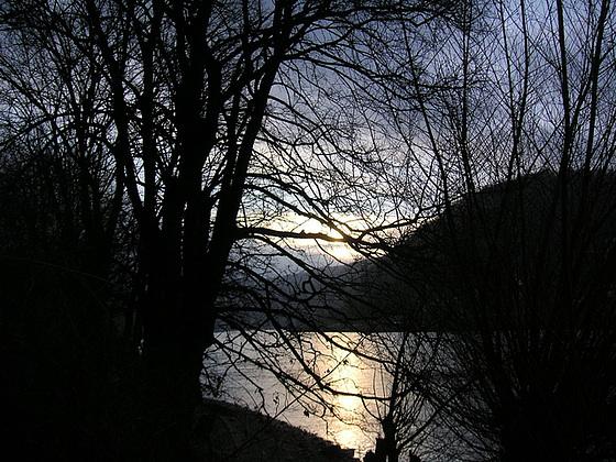 Elbe in der Nacht