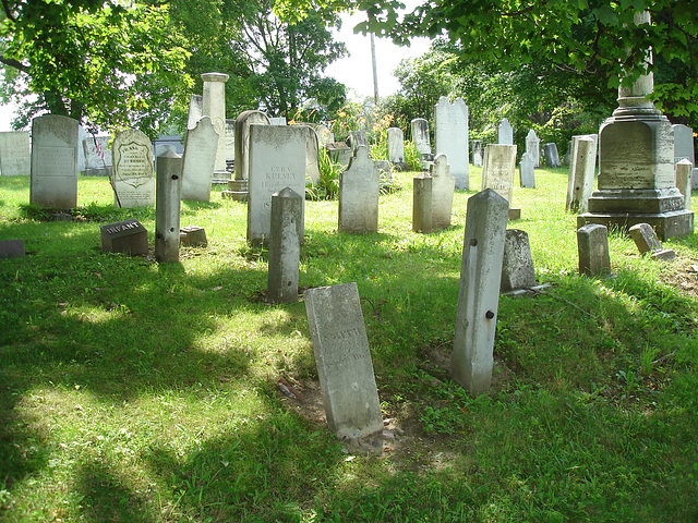 Whiting church cemetery. 30 nord entre 4 et 125. New Hampshire, USA. 26-07-2009