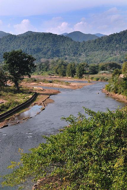 Nam Phak river flows into the Nam Kor river