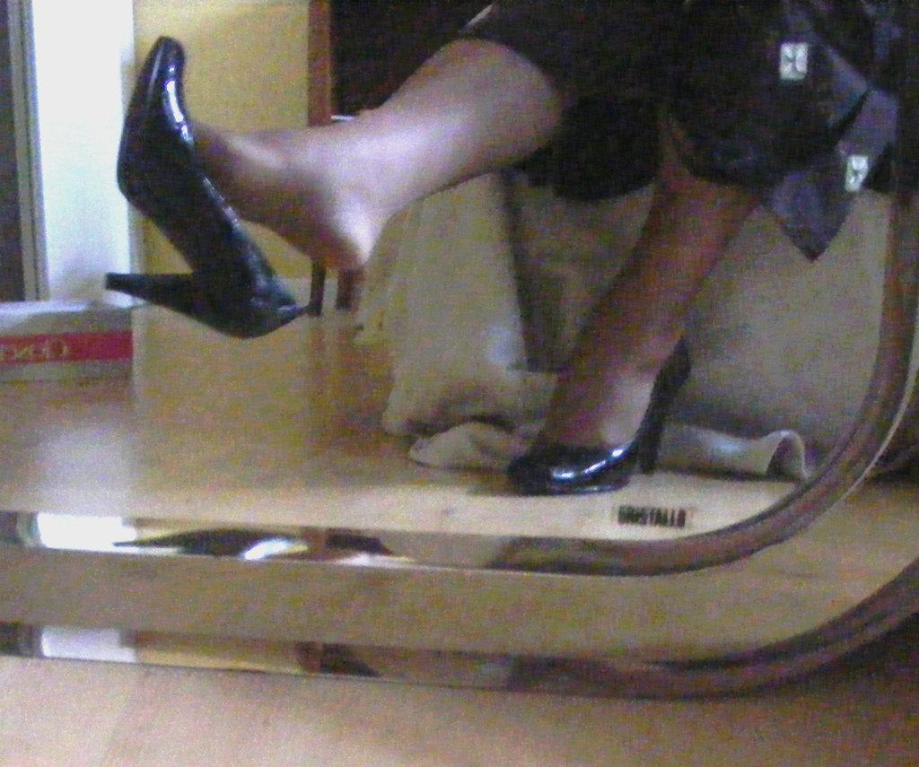 Mon amie chérie Krisontème avec permission - Nouveaux escarpins en cuir patent de 12 cm -  Dangle suprême / Supreme dangle in mirror.