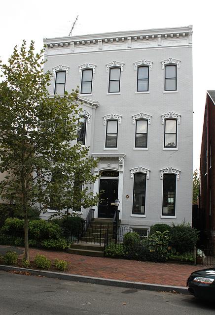 58.Georgetown.PStreet.NW.WDC.6Sep2009