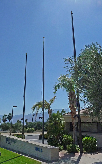 Time Warner Flagpoles (4034)
