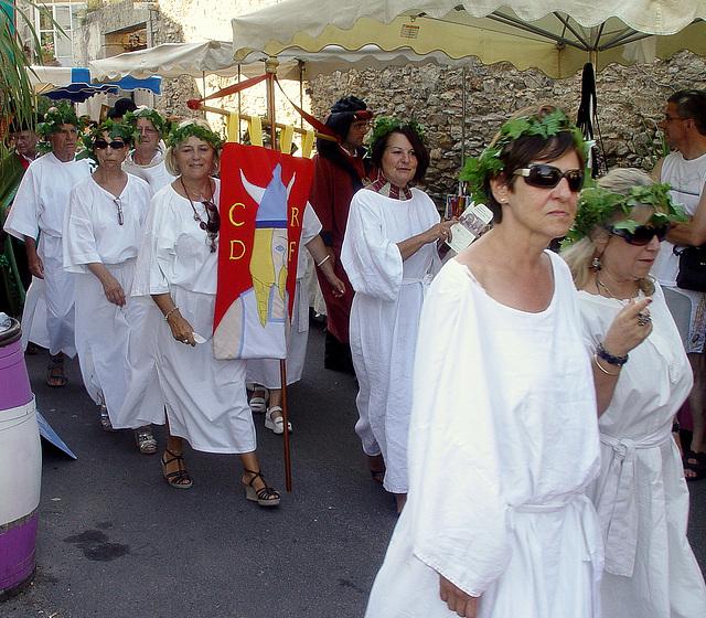 Les prêtres et prêtresses