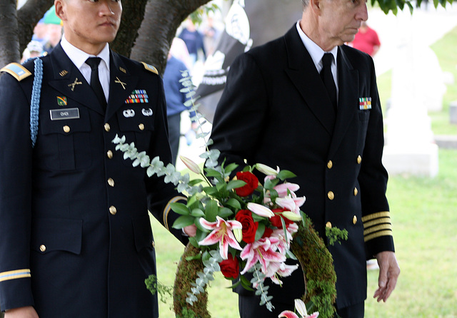 02.MatlovichMemorial.CC.Wreath.SE.WDC.10October2009
