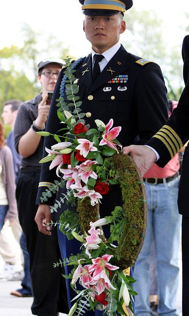 03.MatlovichMemorial.CC.Wreath.SE.WDC.10October2009