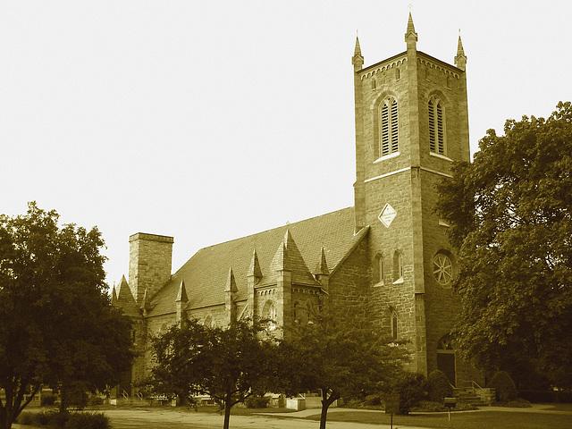 Rutland, Vermont USA  /  25-07-2009 -  Trinity episcopal church en sepia.
