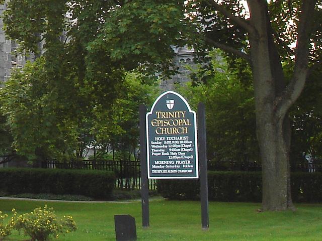 Rutland, Vermont USA  /  25-07-2009  -  Trinity episcopal church sign