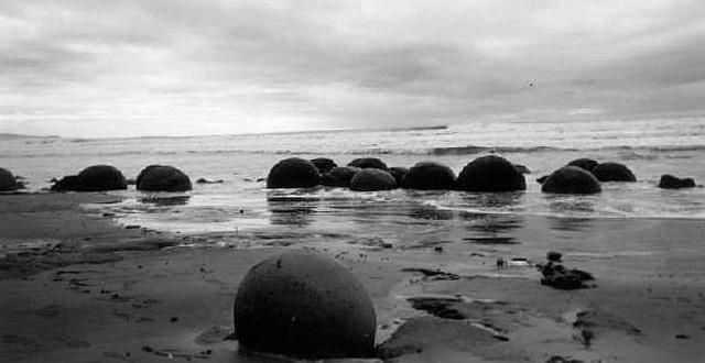 Moeraki Boulders, New Zealand.