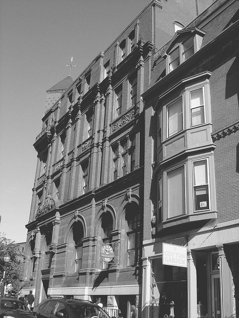 Gotton garden building /  Portland, Maine. USA - 11 octobre 2009- N & B