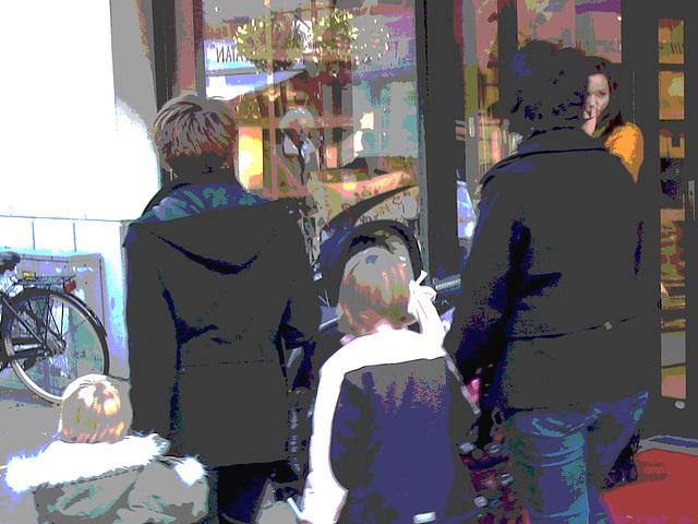 Hemtex Moms Swedish duo /  Mamans suédoises à la Hemtex - Ängelholm  / Suède - Sweden.  23/10/2008- Postérisation