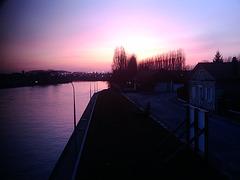 Sunset on Oise