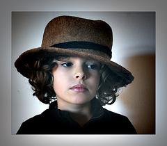il était une fois 2 : une histoire de chapeau