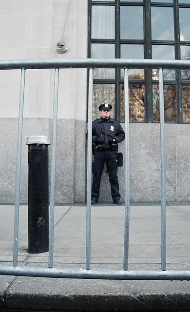 04.06.M20.AntiWar.NYC.20March2004