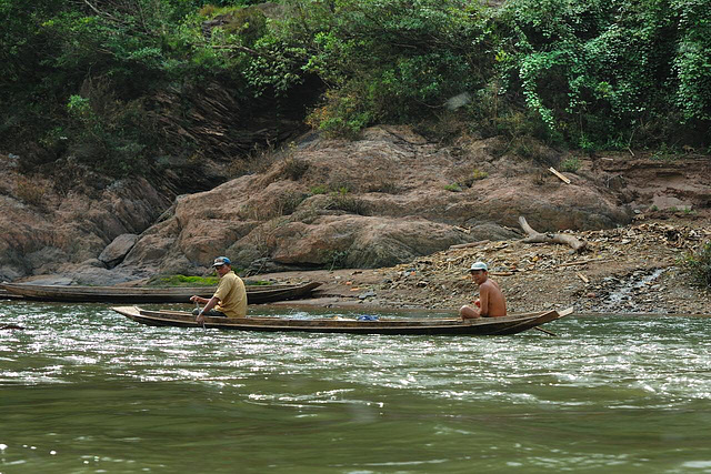 Nam Ou fishers