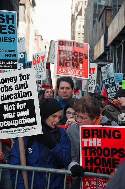 04.21.M20.AntiWar.NYC.20March2004