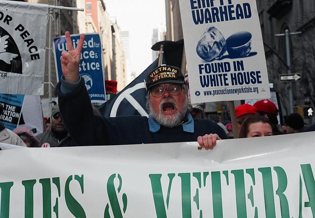 03.09.M20.AntiWar.NYC.20March2004