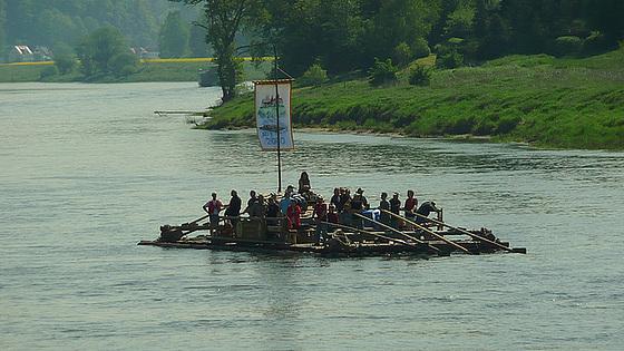 Flößer auf der Elbe 2009