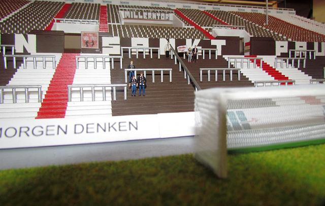 Südkurve im Modellbau - Millerntor-Stadion (1:100)