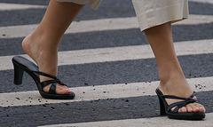 callisto slides crossing the street (3)