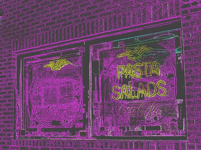 Pizza & Coca-cola  /  Portland, Maine  USA - 11 octobre 2009 - Contours de couleurs négatif en RVB