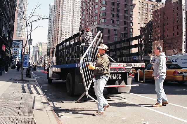 01.01.M20.AntiWar.NYC.20March2004