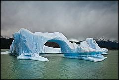 ice-bridge-berg