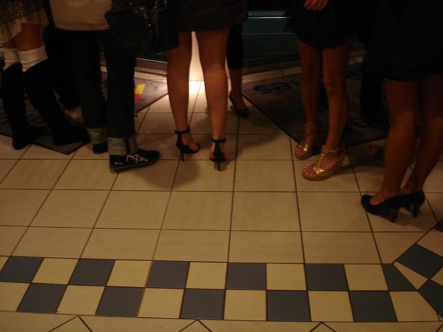 Ferry Swedish high-heeled Goddesses /  Jeunes Déesses suédoises en talons hauts /  24 octobre 2008 - Originale