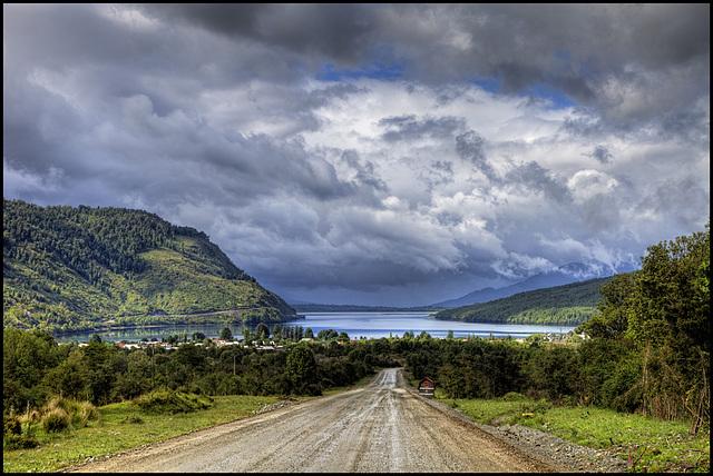 approaching Puyuhuapi