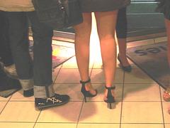 Ferry Swedish high-heeled Goddesses /Jeunes Déesses suédoises en talons hauts - Éclaircie
