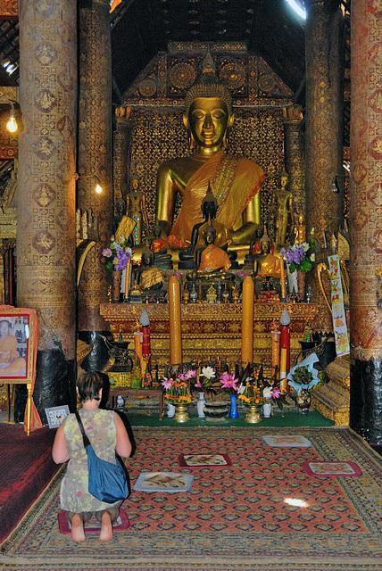 Wat Xieng Thong Buddha