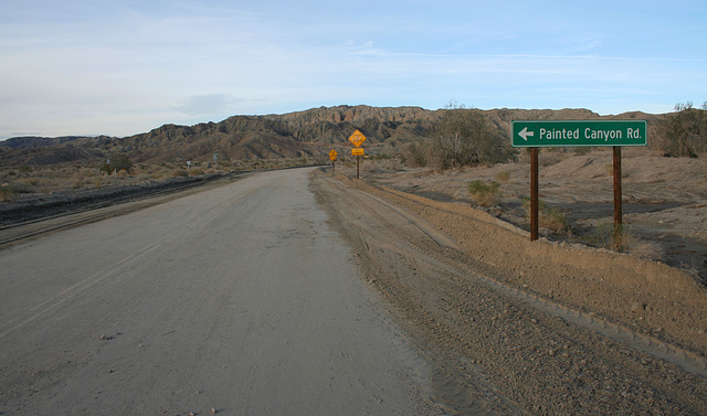 Box Canyon Road at Painted Canyon Road (3826)